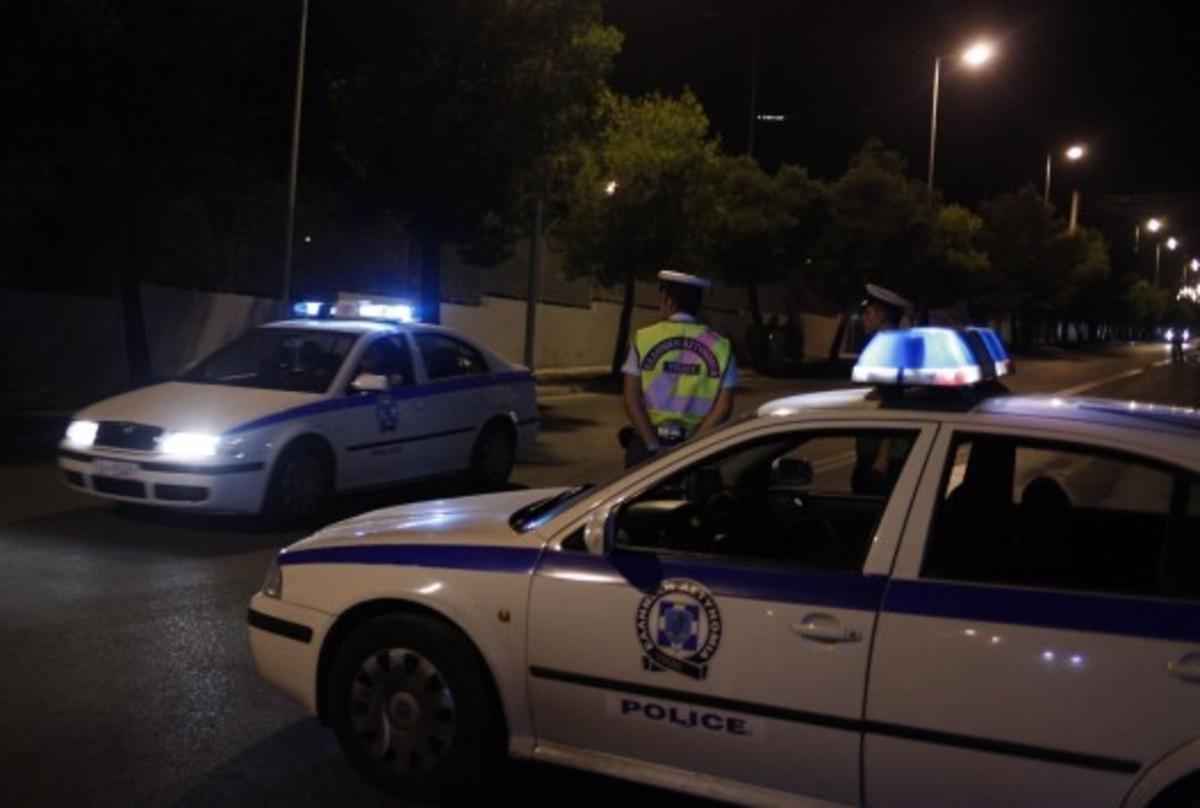 Πεζός πέταξε μολότοφ εναντίον αστυνομικών στον Κορυδαλλό   Newsit.gr