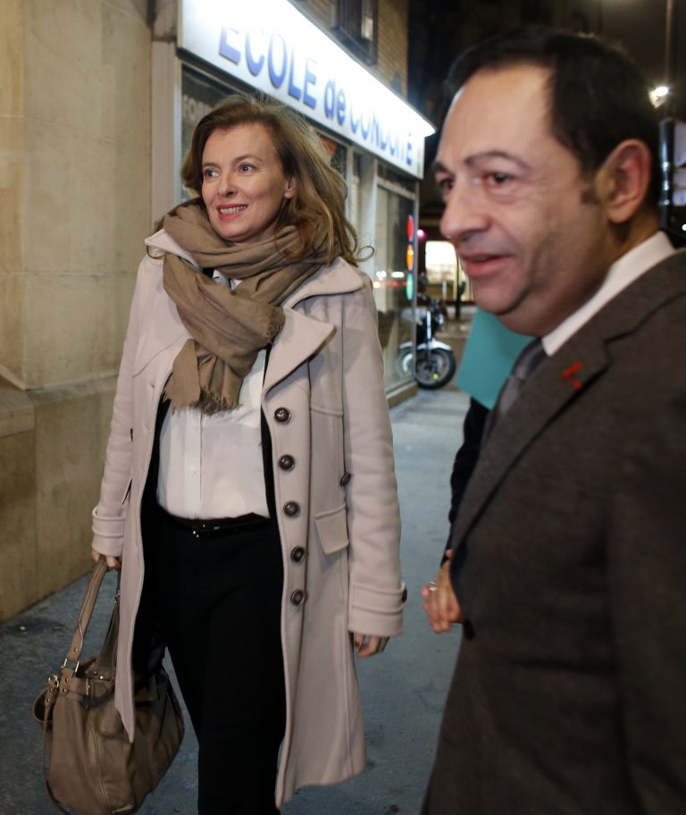 Τριερβελέρ στον διευθυντή του Paris Match: Διάβασα την σκατοφυλλάδα σου!   Newsit.gr