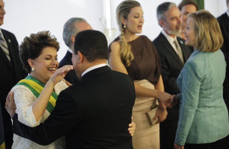 Η γυναίκα που επισκίασε την ορκωμοσία της πρώτης γυναίκας προέδρου της Βραζιλίας | Newsit.gr