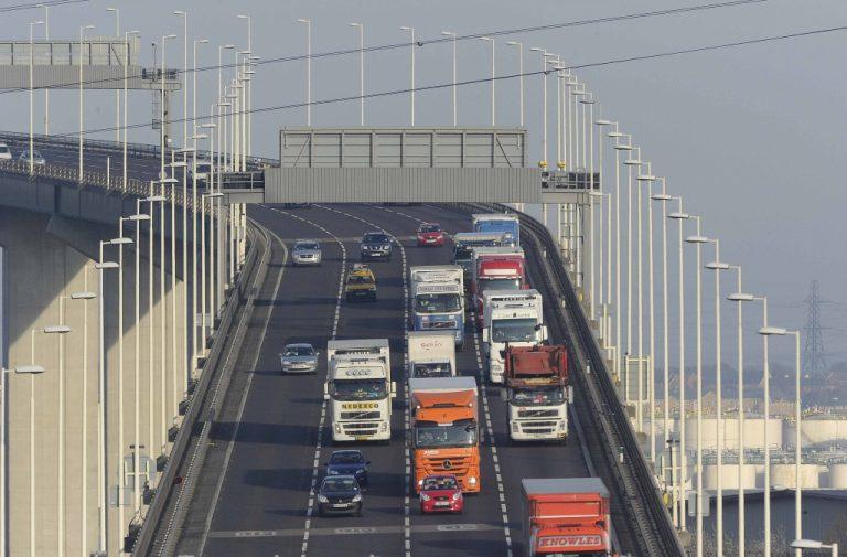 Ολοι οι Πορτογάλοι αγόρασαν αυτοκίνητα!   Newsit.gr