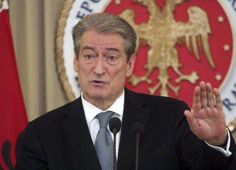 Δεν κάνει πίσω ο Μπερίσα – «Θα τιμωρήσω παραδειγματικά την αντιπολίτευση», λέει | Newsit.gr
