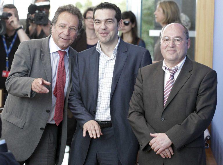 Το παιχνίδι της γάτας με το ποντίκι παίζουν οι γερμανοί πολιτικοί με τον Τσίπρα | Newsit.gr