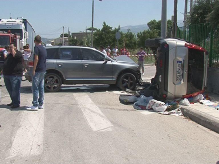 Αχαϊα: Τραυματίστηκε στην άσφαλτο η μητέρα του διοικητή της πυροσβεστικής – Φωτό! | Newsit.gr