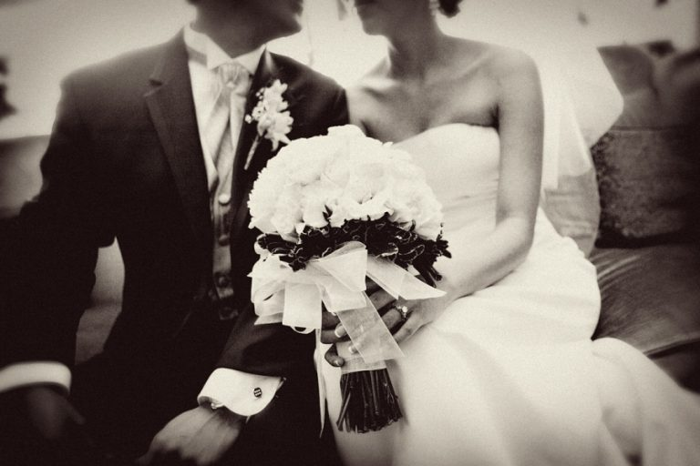 Αχαϊα:Τρανσέξουαλ απειλεί να τινάξει το γάμο του πρώην της,στον αέρα!   Newsit.gr