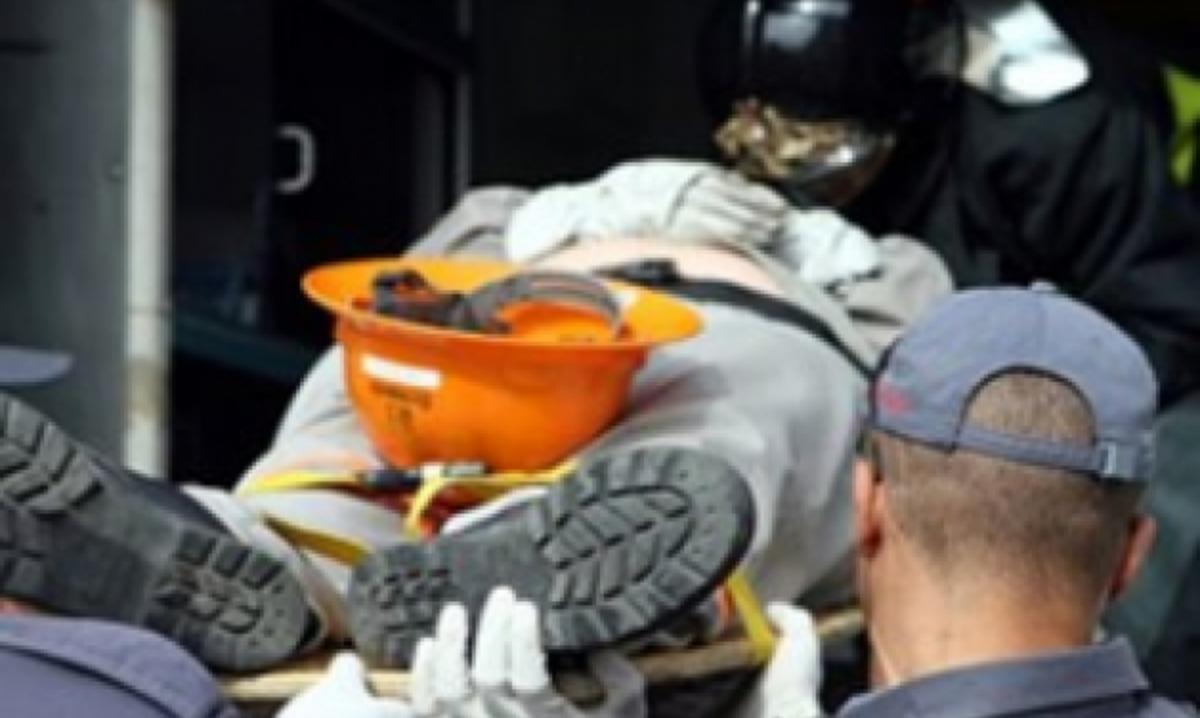 Αχαϊα: Φρικτός θάνατος για οδηγό φορτωτή, την ώρα που έκανε εργασίες! | Newsit.gr