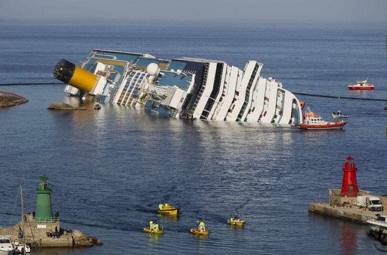 Τον άλλο μήνα η ρυμούλκηση του Costa Concordia | Newsit.gr