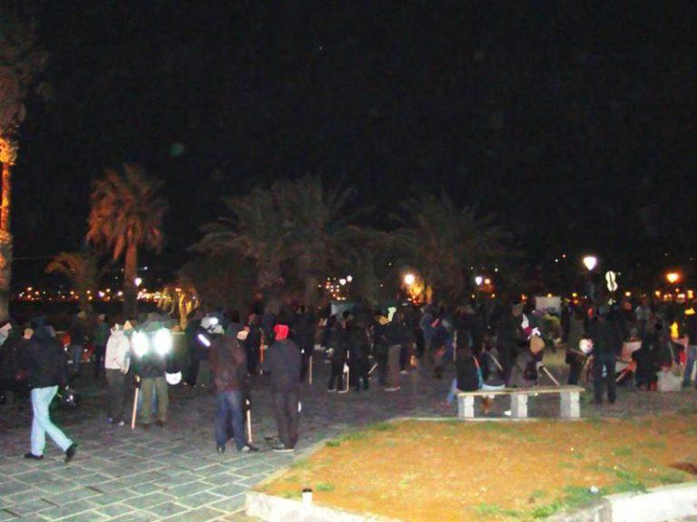 Ρέθυμνο: Πλακώθηκαν στο ξύλο Χρυσαυγίτες με αντιεξουσιαστές σε fast food – Φωτό! | Newsit.gr