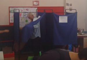 Αποτελέσματα εκλογών 2015: Η ατάκα του Μπουτάρη και το απρόοπτο στο παραβάν (Βίντεο)!