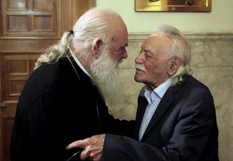 Ιερώνυμος: Ο Γλέζος μου ζήτησε να αναλάβω την κηδεία του – Βίντεο!