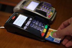 Χανιά: Ψώνια και αναλήψεις μετρητών με κλεμμένη πιστωτική – Λύνεται το μυστήριο!