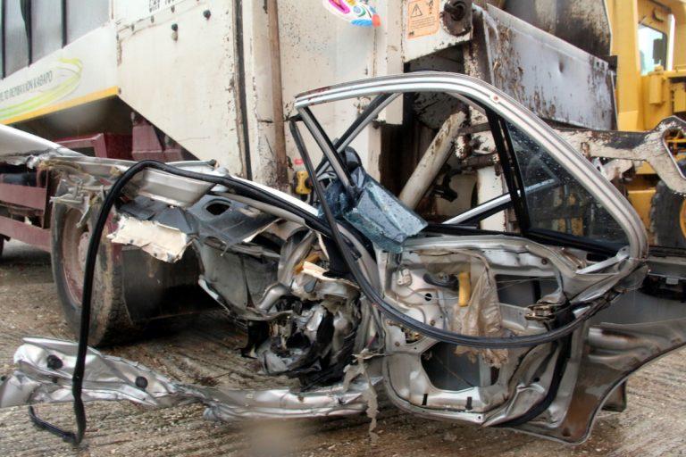Δράμα: Σκοτώθηκε 16χρονη σε αυτοκίνητο που οδηγούσε ο 18χρονος φίλος της!