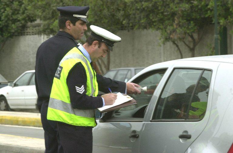 Ηλεία: Ο κύριος δήμαρχος γκάζωσε για να αποφύγει το αλκοτέστ! | Newsit.gr