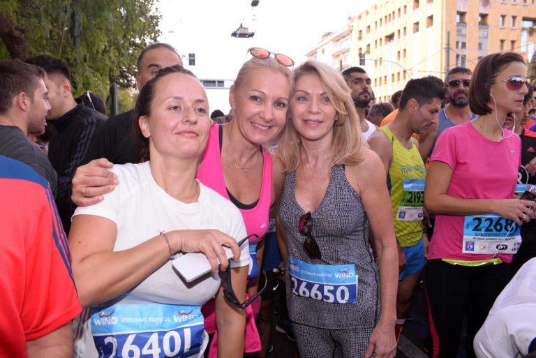 Μαραθώνιος 2016: Η Ελλη Στάη, η Κατερίνα Λέχου και άλλοι επώνυμοι έτρεξαν και τερμάτισαν