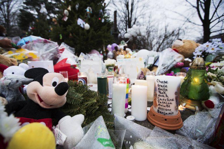 Οι τελευταίες στιγμές των θυμάτων του μακελάρη του Κονέκτικατ – Μαρτυρίες για τον ηρωισμό παιδιών και δασκάλων   Newsit.gr
