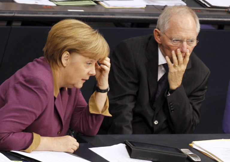 «Λαβωμένη» βγήκε η Μέρκελ από την ψηφοφορία για την Ελλάδα   Newsit.gr