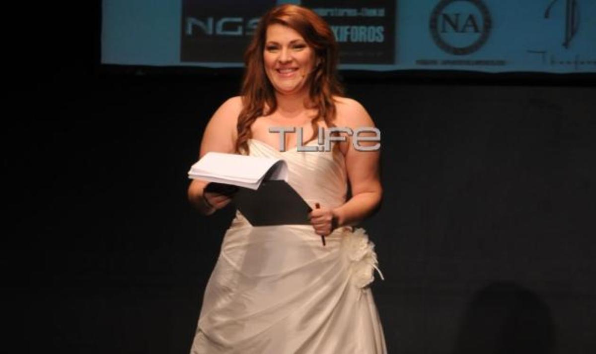 Κ. Ζαρίφη: Παρουσίασε επίδειξη μόδας, ντυμένη… νύφη! Δες τι φόρεσε κάτω από το νυφικό | Newsit.gr