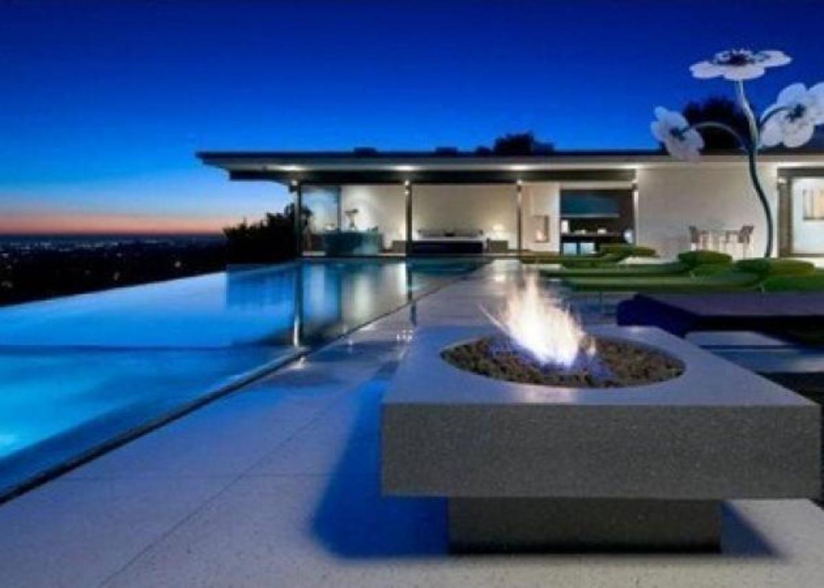 To σπίτι του Matthew Perry!   Newsit.gr