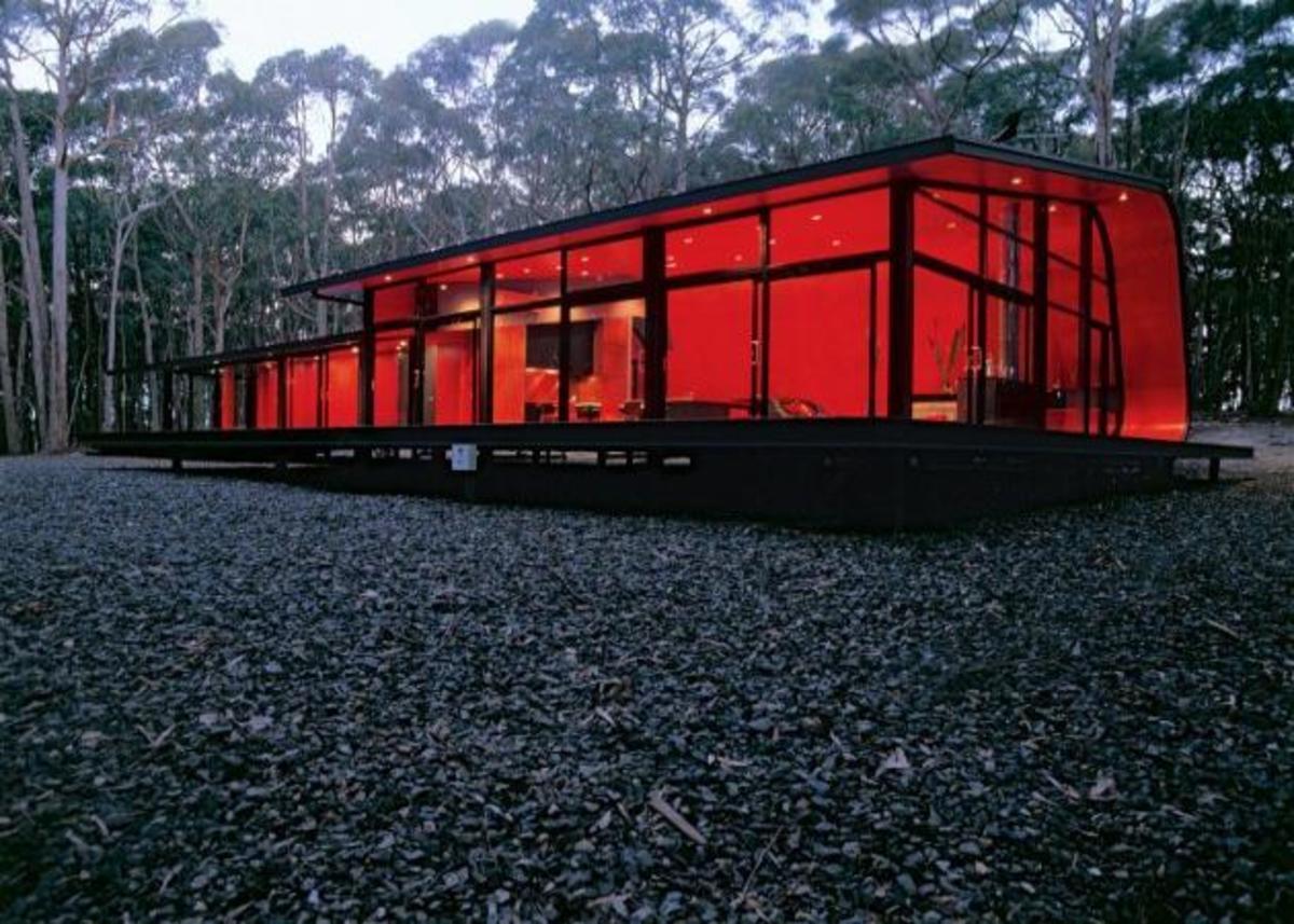 Ένα βραβευμένο αντιπυρικό σπίτι στη μέση του δάσους! | Newsit.gr