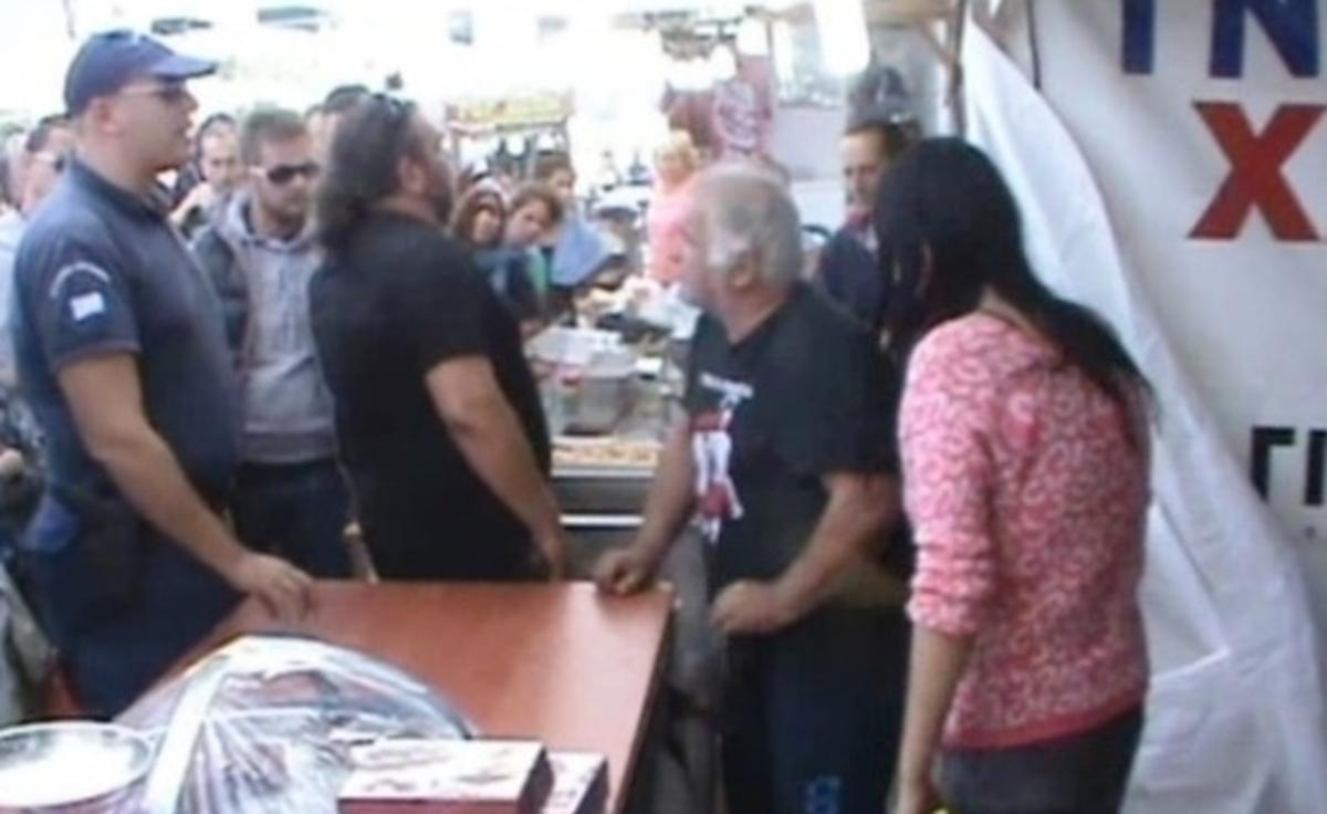 Φλώρινα: Προπηλάκισαν εφοριακούς για μαϊμού ταμειακή μηχανή – Δείτε το βίντεο ντοκουμέντο από το Αμύνταιο! | Newsit.gr