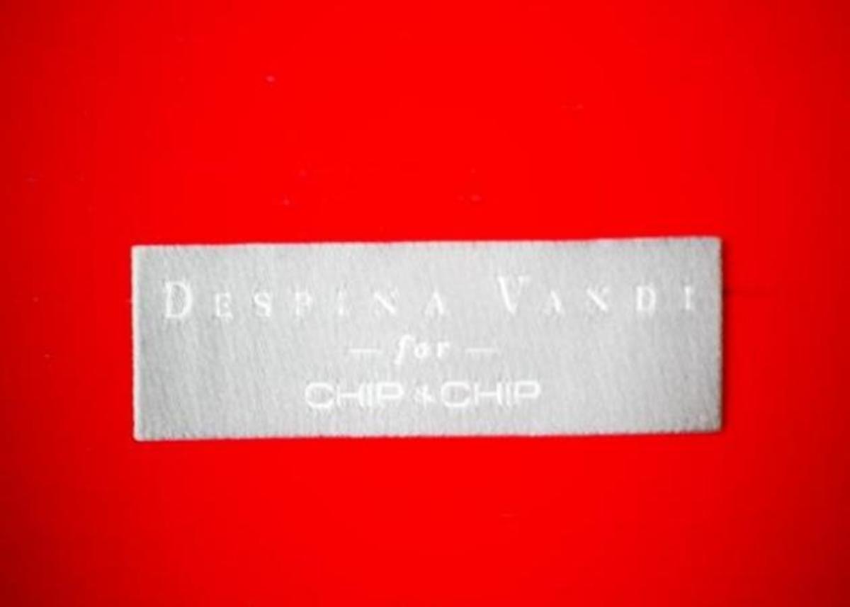 H Δέσποινα Βανδή κυκλοφορεί σειρά με ρούχα και σου έχω όλες τις λεπτομέρειες!!   Newsit.gr