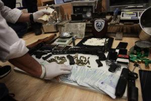 Ήπειρος: Τα »ορφανά» τσουβάλια στα σύνορα έκρυβαν σφαίρες για καλάσνικοφ!
