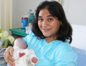Μεσσηνία: Τα στοιχεία του ιατροδικαστή για τη δολοφονία της νεαρής μητέρας [pics, vids]