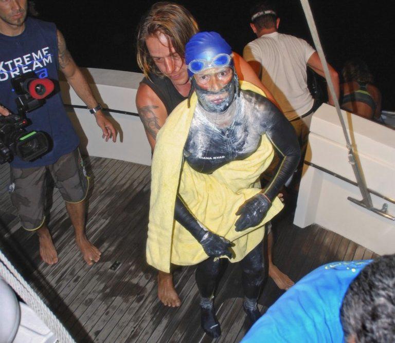 Εγκατέλειψε η 62χρονη που κολυμπούσε από την Κούβα στην Φλόριντα – φωτο   Newsit.gr