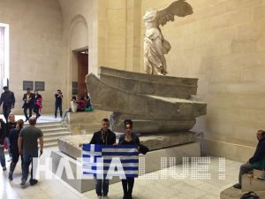 Ηλεία: Οι φοιτητές που σήκωσαν την ελληνική σημαία στο βρετανικό μουσείο και το Λούβρο [pics]