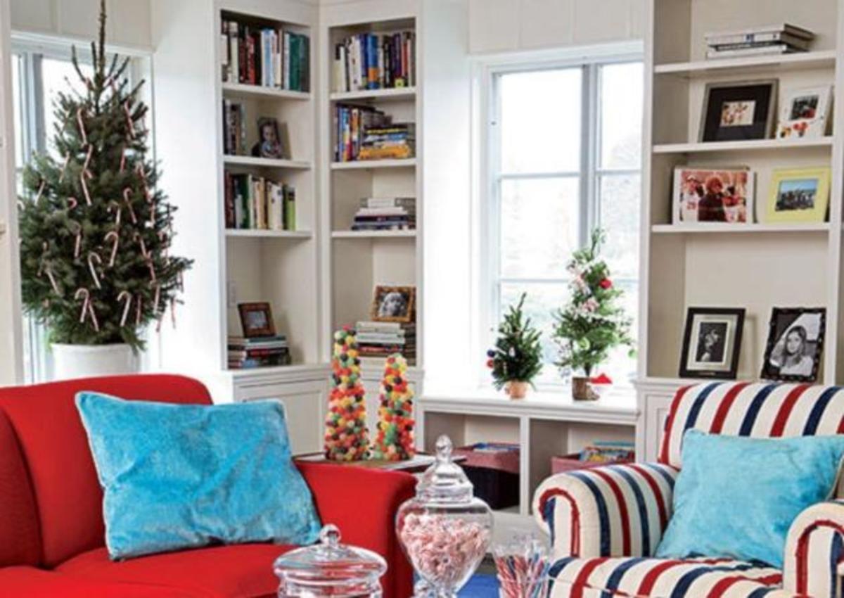 «Χρωματιστές» ιδέες για να στολίσεις χριστουγεννιάτικα το σαλόνι σου! | Newsit.gr