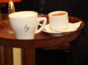 Πύργος: Οι καφέδες που κέρασε της στοίχισαν 16.700 ευρώ – Απίθανη υπόθεση με ζευγάρι απατεώνων!