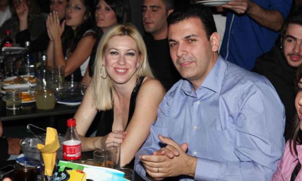 Ο Καραμέρος σε έξοδο με τη σύζυγό του! | Newsit.gr