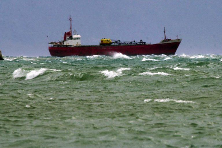 S.O.S. από ακυβέρνητο πλοίο στον Καφηρέα | Newsit.gr
