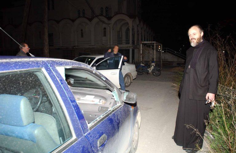Λάρισα: Για ένα μήνα σταματούσαν και »έγδυναν» οδηγούς!   Newsit.gr