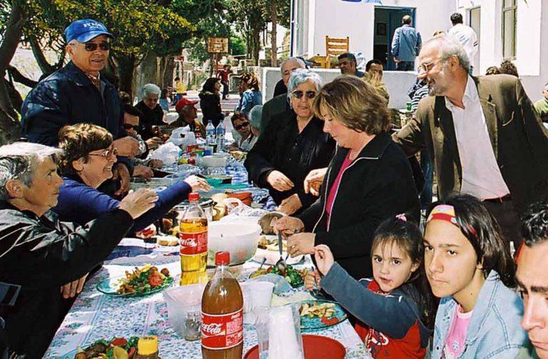 Πάτρα: Δεν στρώνουν Πασχαλινό τραπέζι 3.000 οικογένειες! | Newsit.gr