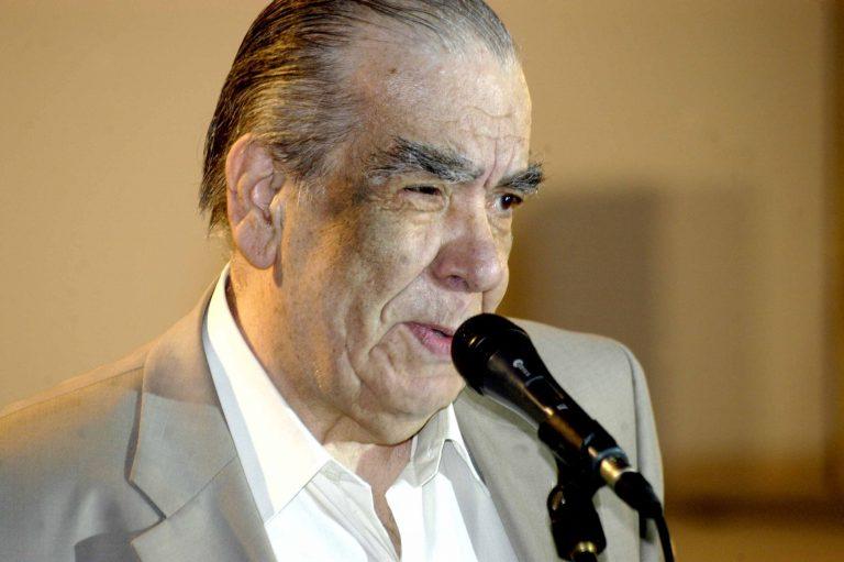 Πέθανε ο Γ.Λαζαρίδης – Ένας από τους μεγαλύτερους θεατρικούς συγγραφείς | Newsit.gr