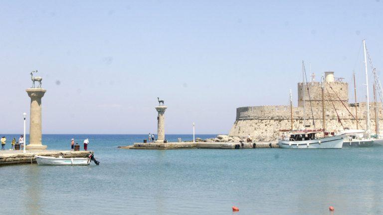 Ρόδος: Τραγωδία στο λιμάνι – Εργάτης καταπλακώθηκε από μηχάνημα και σκοτώθηκε!   Newsit.gr