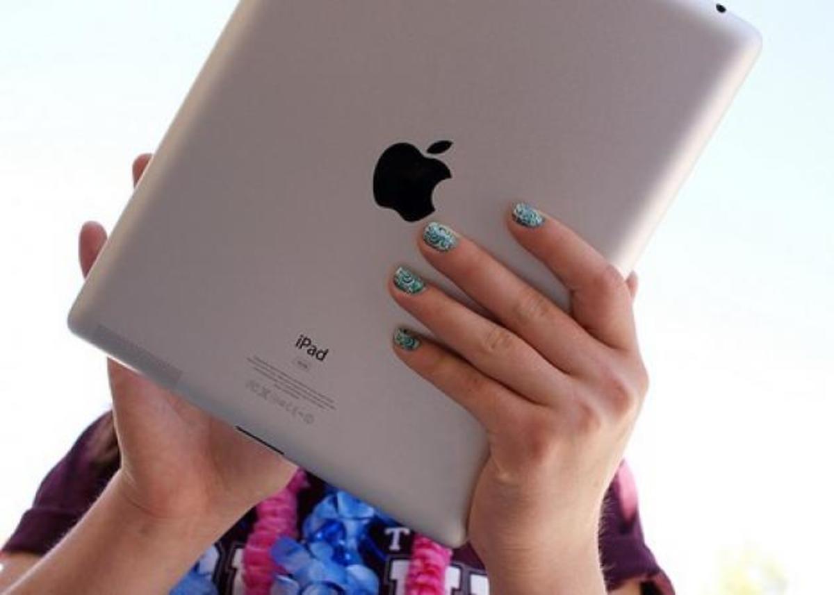 Η Apple κυκλοφορεί άρωμα; | Newsit.gr