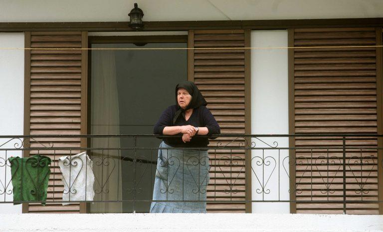 Καρδίτσα: Της ζήτησε ένα ποτήρι νερό και της πήρε 1.300 ευρώ! | Newsit.gr