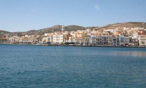 Σύρος: Αρρωστημένο »παιχνίδι» στο λιμάνι – Παρέμβαση του εισαγγελέα μετά τις καταγγελίες!