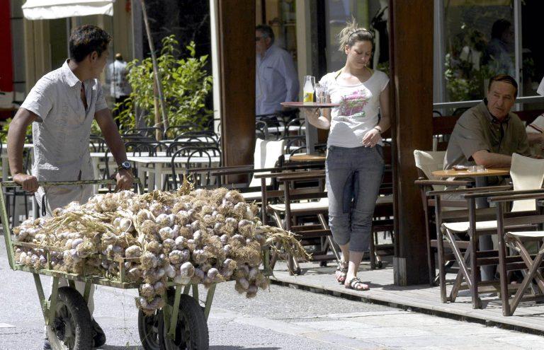 Ηράκλειο: Δεν κοίταζε τη σερβιτόρα επειδή του άρεσε…   Newsit.gr