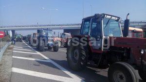 Μπλόκα Αγροτών: Φεύγουν από τη Νίκαια – Η στιγμή της αποχώρησης [pics, vids]