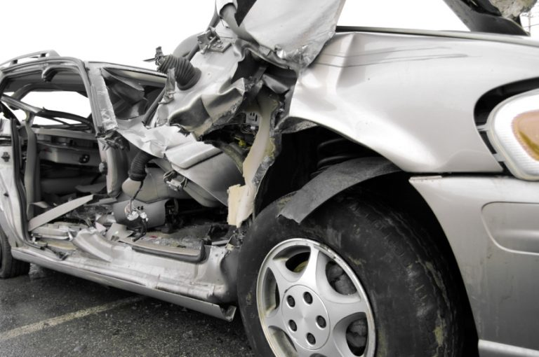 Νεκρή 26χρονη Βρετανίδα και 35 τραυματίες σε τροχαίο | Newsit.gr