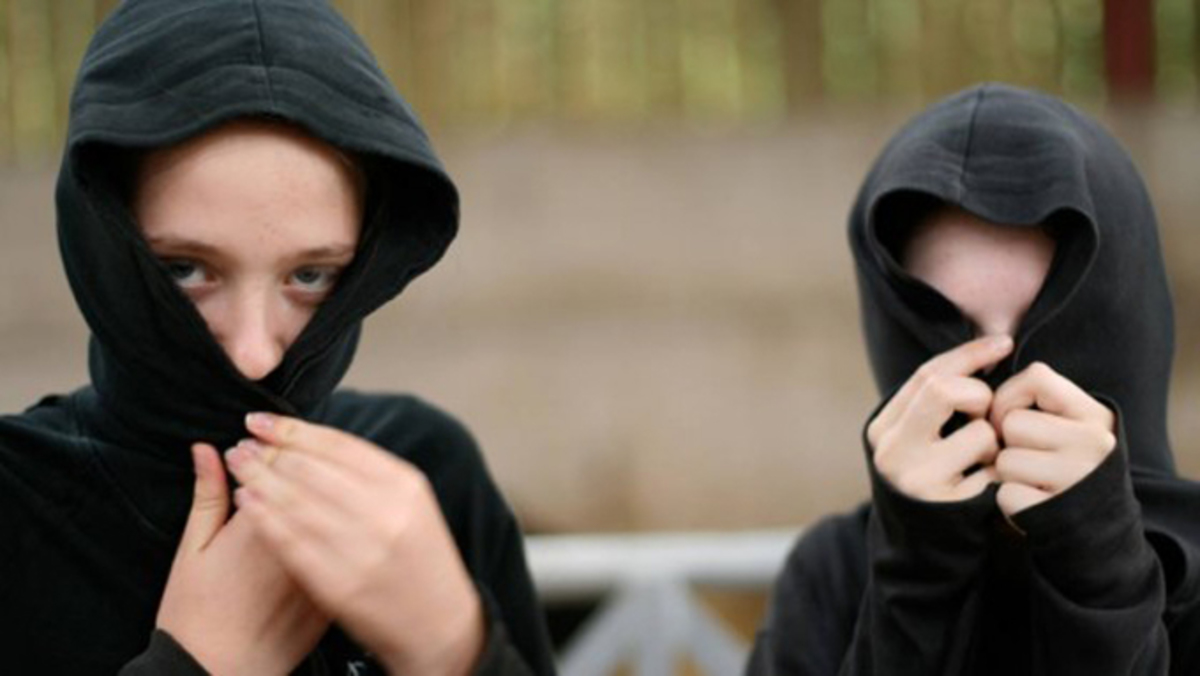 Αδίστακτοι ανήλικοι λήστευαν συνομηλίκούς τους | Newsit.gr