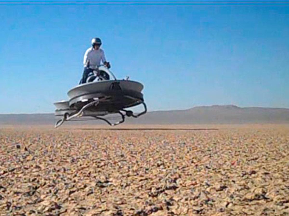 Απίστευτο! Έφτιαξαν ιπτάμενη μοτοσικλέτα με τεχνολογία του … 1950! | Newsit.gr
