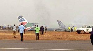Βγήκαν ζωντανοί από αεροπλάνο που κόπηκε στα δυο! Απίστευτες εικόνες