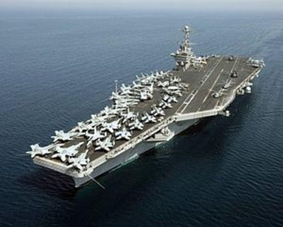 Το Ιράν απειλεί με επίθεση σε αεροπλανοφόρο των ΗΠΑ   Newsit.gr