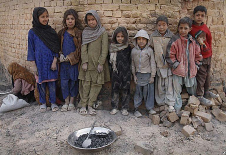 39 παιδιά από το Αφγανιστάν θα βρουν καταφύγιο σε ξενώνες του Βόλου | Newsit.gr