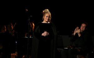 Grammy: Η Adele έβρισε και σταμάτησε αφιέρωμα για τον George Michael! «Δεν μπορώ να το χαλάσω» [vid]
