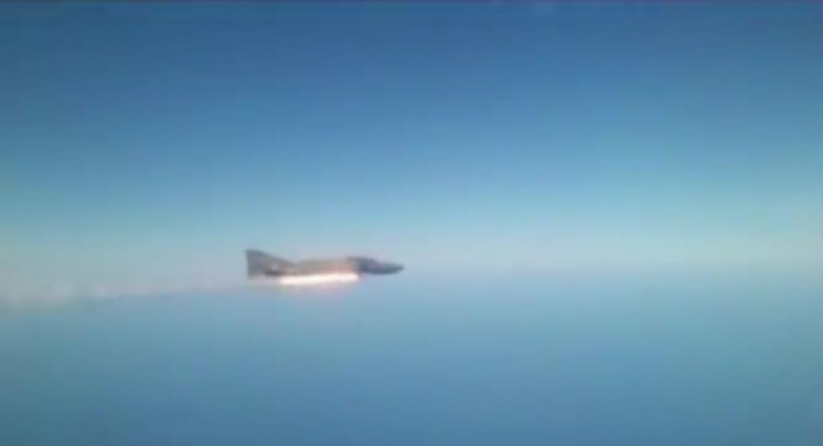 Εκτόξευση AIM 9 από F 4 Phantom – ΒΙΝΤΕΟ | Newsit.gr