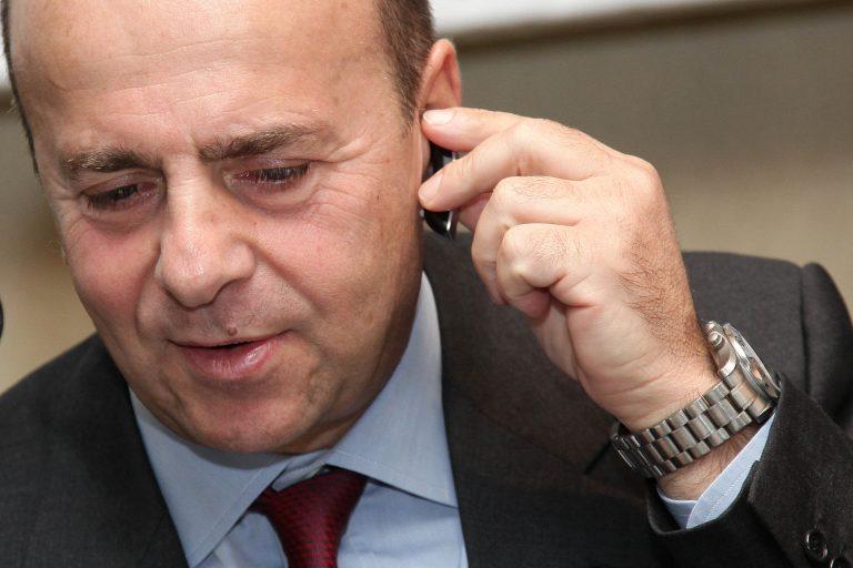 Αλαφούζος: Έχουμε την δέσμευση του Τζίγγερ και 3 εκατ. | Newsit.gr